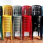 cadeira-de-plástico-colorida-plus