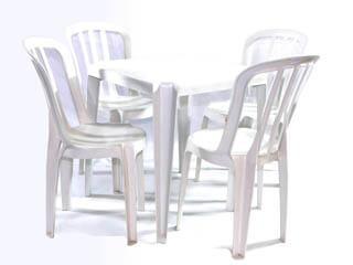 conjunto de mesa e cadeira de plástico