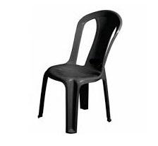 cadeira de plástico preta